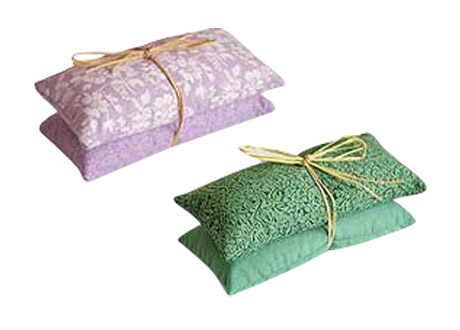 Aromatherapy sachets are filled with herbal mixes